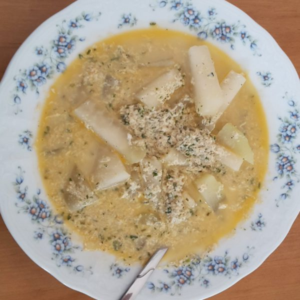 Kokosnuss-Kohlrabi-Suppe