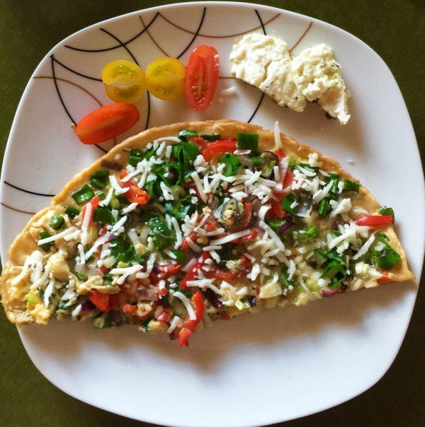 Gemüse-Omelett mit Ziegenkäse